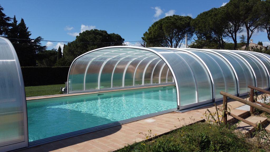 poggio-imperiale-marche-piscina2